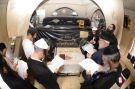 גלריית מירון אור הרשבי ההילולא בעמוקה - המונים נוהרים לתפילה מצאת השבת